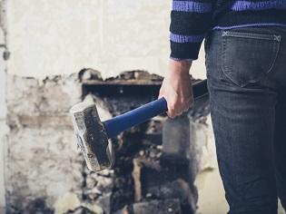 Démolition d'une cheminée