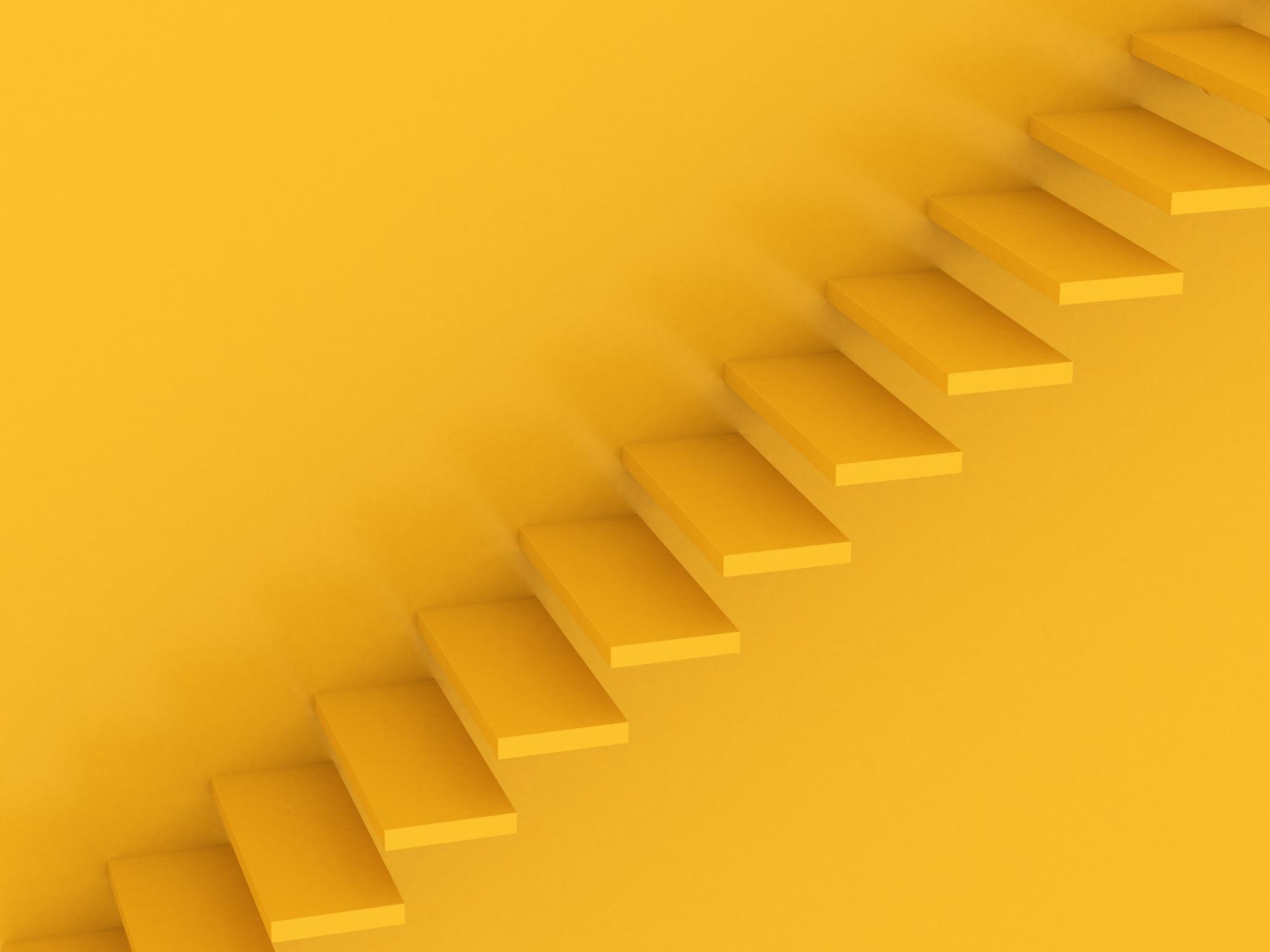 Escalier peint en jaune