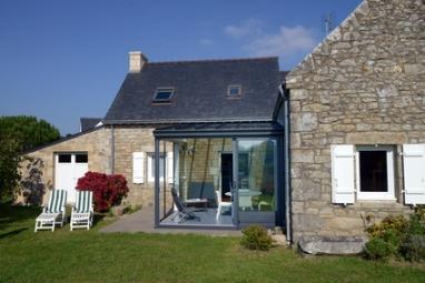 Maison bretonne avec véranda ouverte