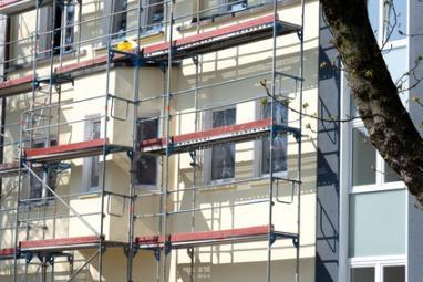 Ravalement de façade avec échafaudage