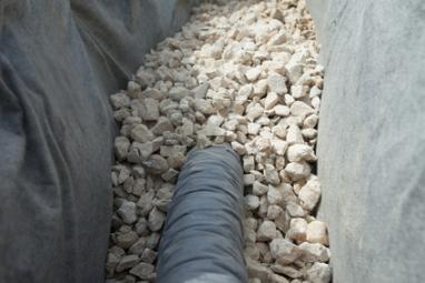 Installation d'un système de drainage