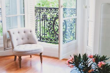 Fenêtre dans un salon