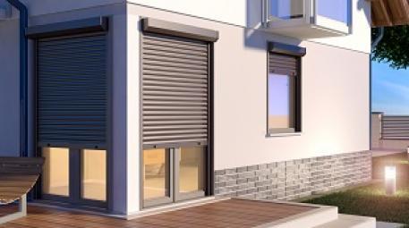Maison avec fenêtres