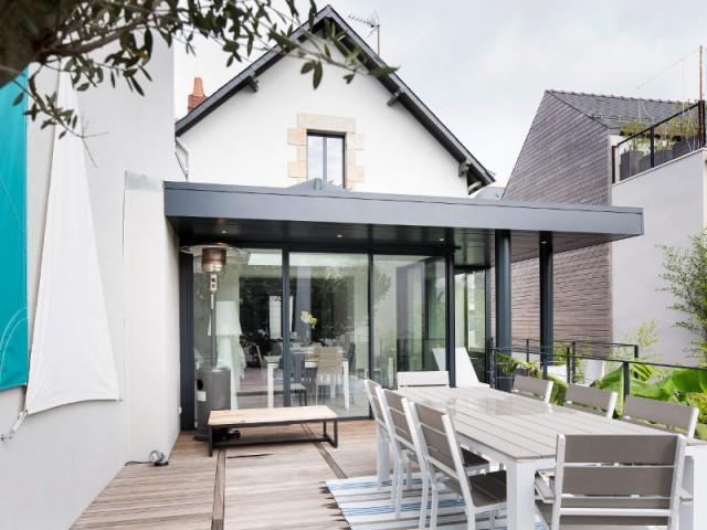 Prix agrandissement de maison les solutions for Agrandissement maison par veranda